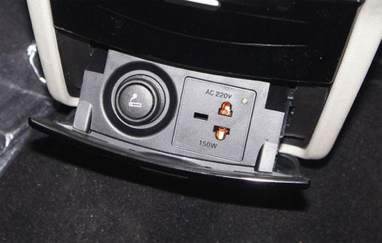 而一般车型上通过点烟器充电,电流,电压都很难有稳定的保证,充电慢/甚