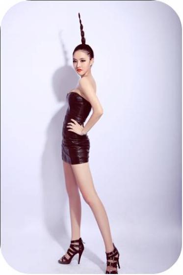 2012北京车展东南汽车模特-林晓婉