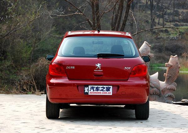 2010款新标致307两厢 2.0自动舒适版