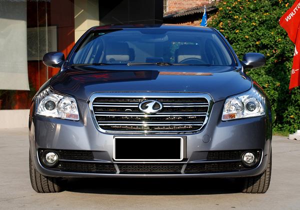 2011款奔腾b70 2.0l自动豪华型